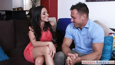 Ariella Ferrera fucking in transmitted to couch on touching her outie pussy
