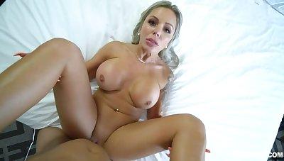 Stepmom Hugs And Tits