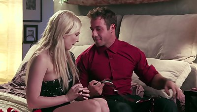 Violent drilling in bed for a blonde with her eyes imperceivable