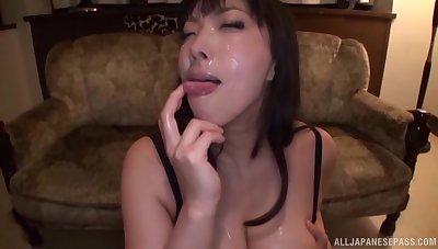 Blindfolded Japanese girl Sankihon Nozomi sucks magnitude of cocks