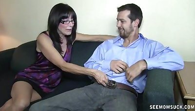 Numero uno mature wife loves to have viva voce copulation with her neighbor