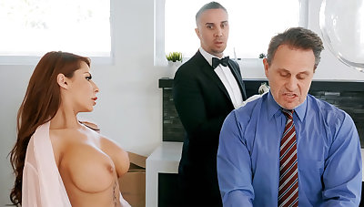 Horny butler is ready less anal fellow-feeling a amour housewife