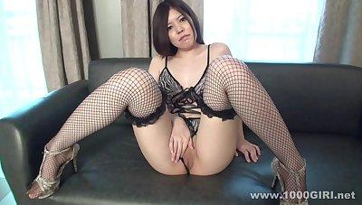 Shy asian amateur girl Pussy Rubbing