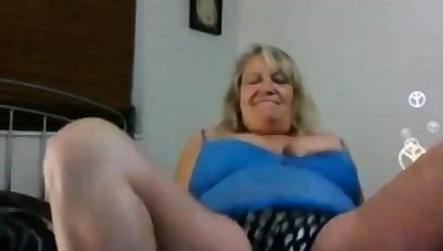 AMAZING WOMEN ON Someone's skin CAM 1